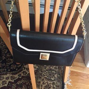 Ann Klein shoulder handbag